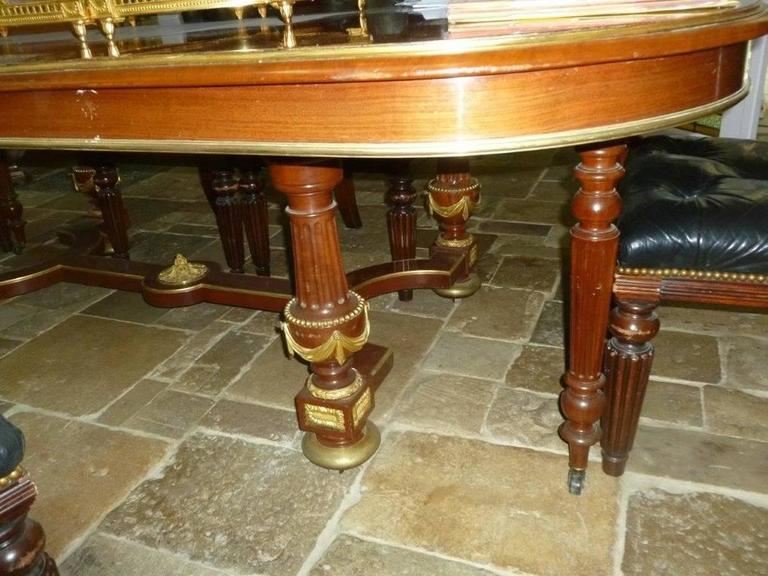 french louis xvi style mahogany dining table 19th century in good condition for sale in - Mahogany Dining Table