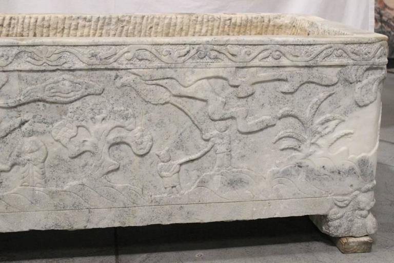 Continental Carved Marble Planter, 18th Century or Earlier In Good Condition For Sale In Cypress, CA