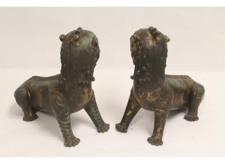 Pair of Antique Chinese Patinated Bronze Fu Lions In Good Condition For Sale In Cypress, CA