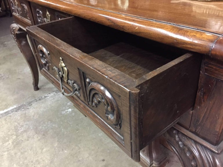 Italian Carved Walnut Desk, 18th Century For Sale 2
