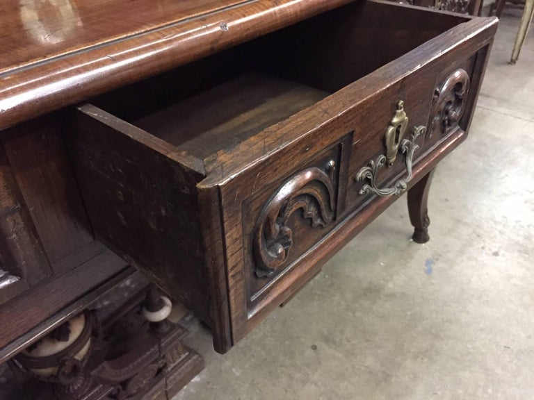 Italian Carved Walnut Desk, 18th Century For Sale 3