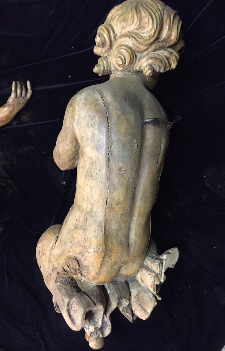 Pair of Italian Carved Wood Figures of Putti, 18th Century For Sale 1