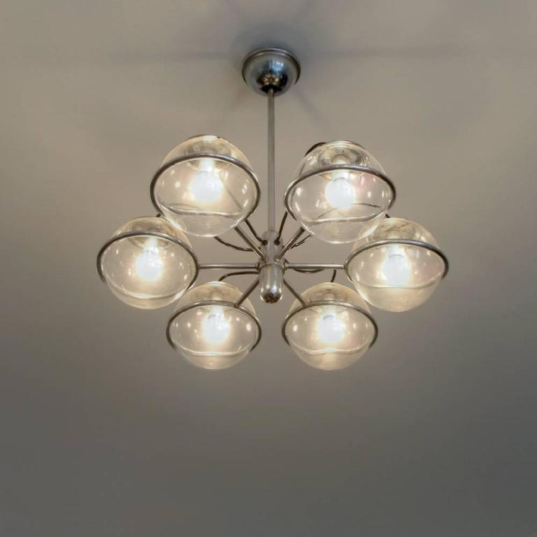 Mid-Century Modern Italian Glass Ball Chandelier in the Style of Gino Sarfatti, circa 1950 For Sale