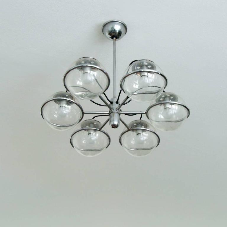 Italian six-glass ball chandelier, circa 1950, in the style of Gino Sarfatti.