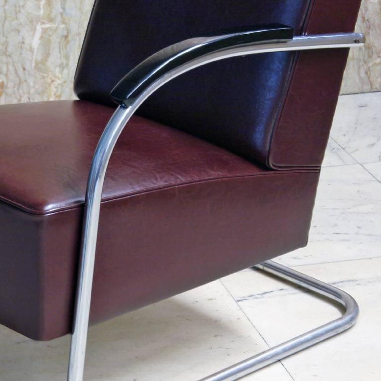 Plated Tubular Steel Cantilever Armchair in Art Déco- Streamline Style, circa 1930 For Sale