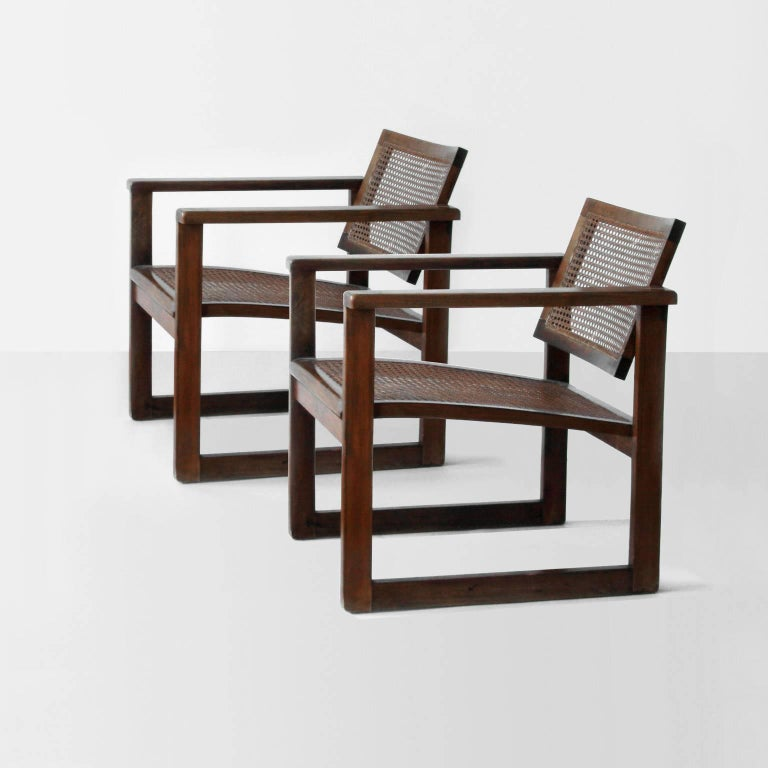 Bauhaus wooden Armchairs pair designed by Peter Keler in Weimar 1925-1926, and manufactured by Albert Walde Company in Waldheim, Germany, 1930.