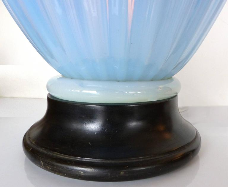 Brass Mid-Century Modern Blue Murano Glass Table Lamp by Marbro For Sale