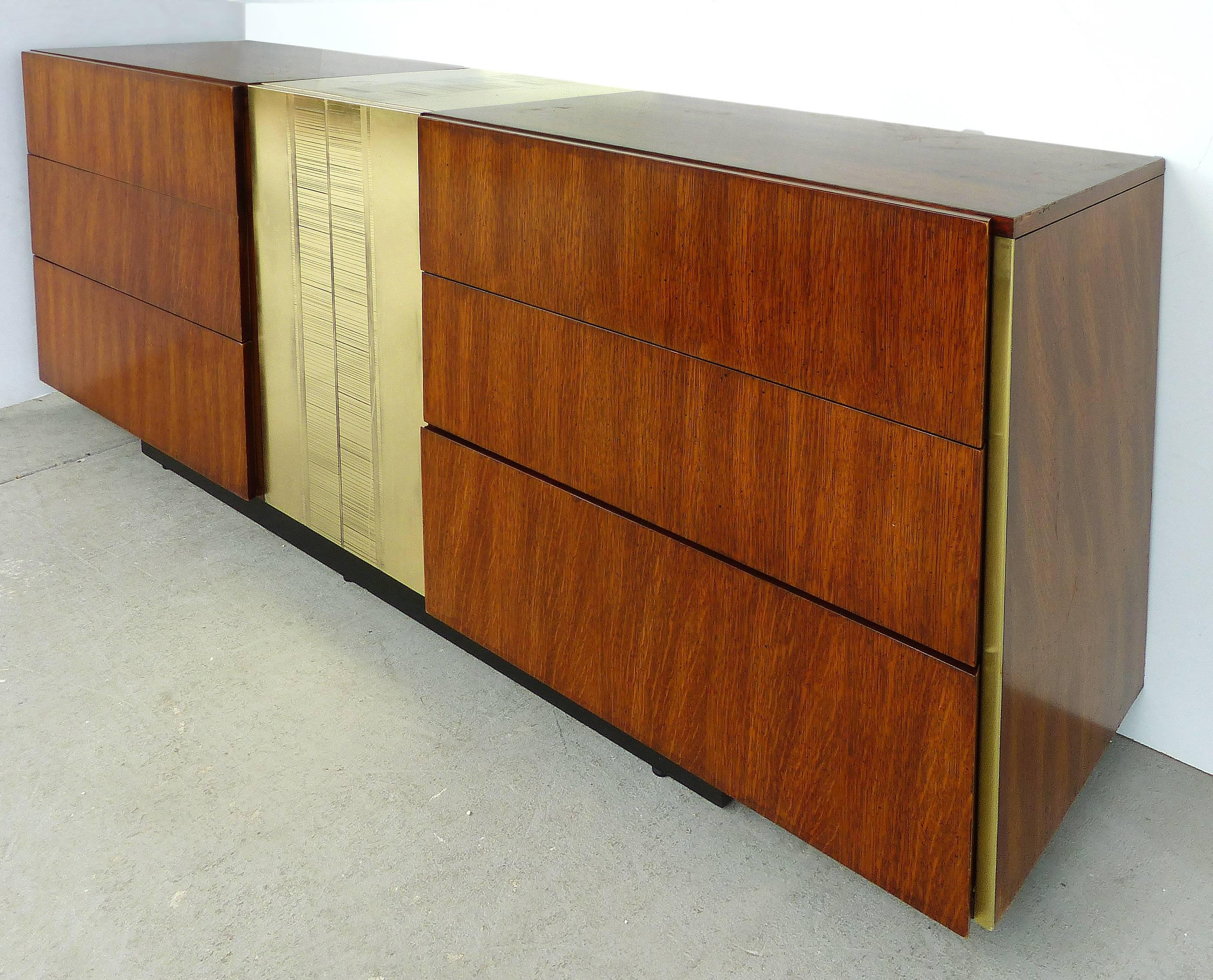 Mid Century Modern Dresser By National Furniture Co Of Mt Airy N C For At 1stdibs