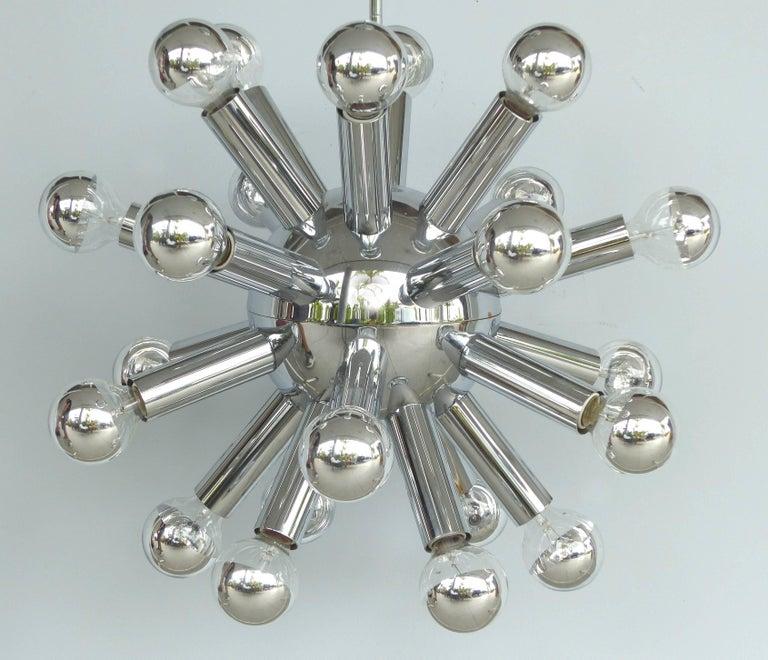 Mid-Century Modern Chrome Sputnik Chandelier In Good Condition For Sale In Miami, FL