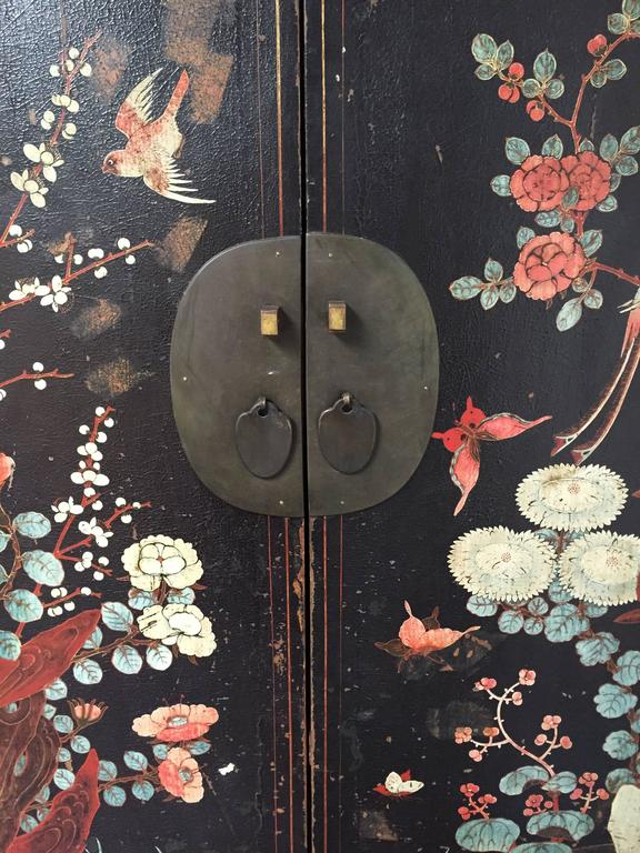 Early 20th Century Chinese Wedding Cabinet For Sale 5