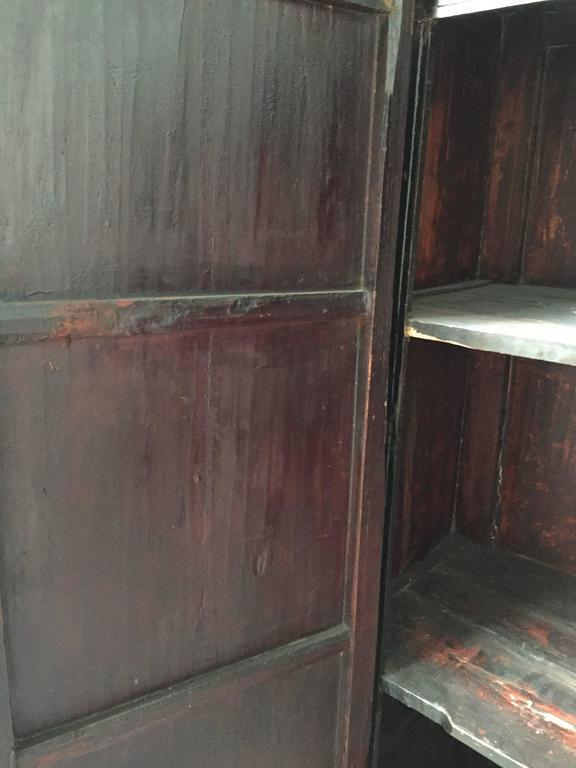 Early 20th Century Chinese Wedding Cabinet For Sale 3