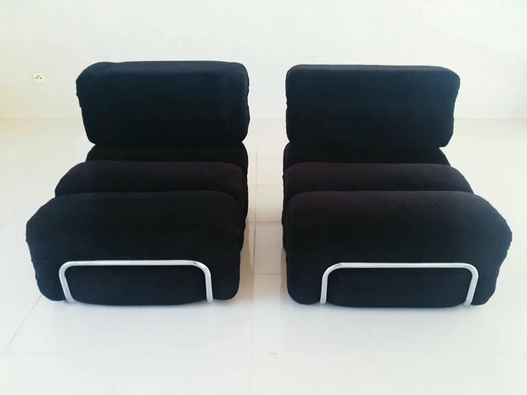 Rare Pair of French Lounge Armchairs, 1970s For Sale 1