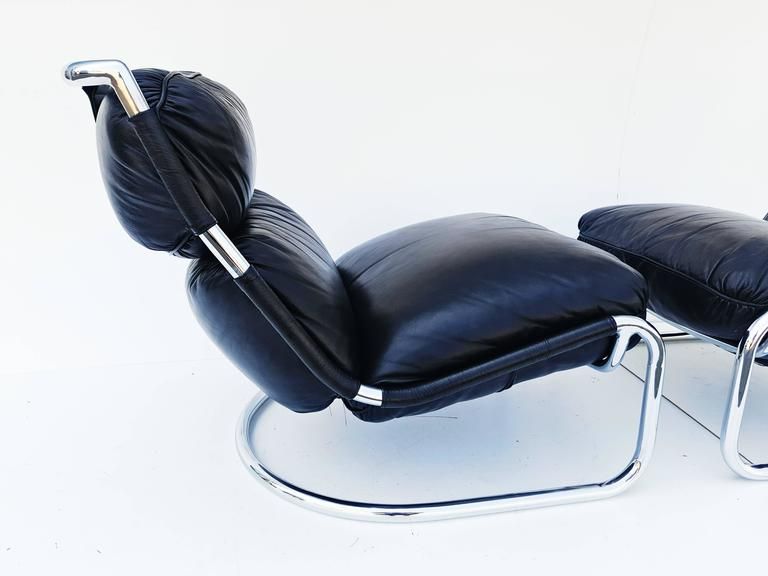 20th Century Pair of Italian Leather Lounge Chair, 1970s For Sale
