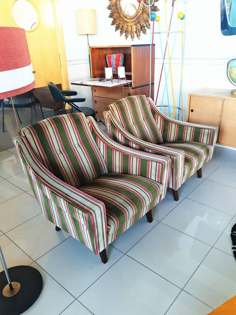 Rare Pair of 1950s, Italian Armchairs in the Style of Gio Ponti In Excellent Condition For Sale In Dijon, FR