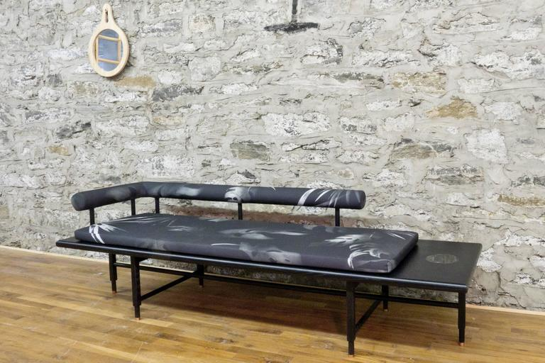 Charmant Contemporary St. Charles Daybed By Volk For Sale