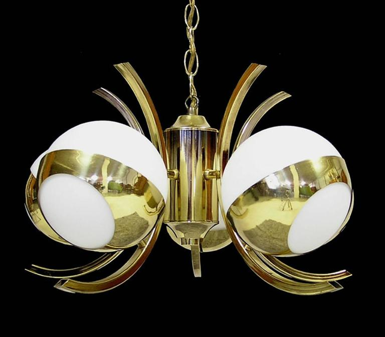 1970s Five-Light Stilnovo Brass Chandelier with Glass Globes 3