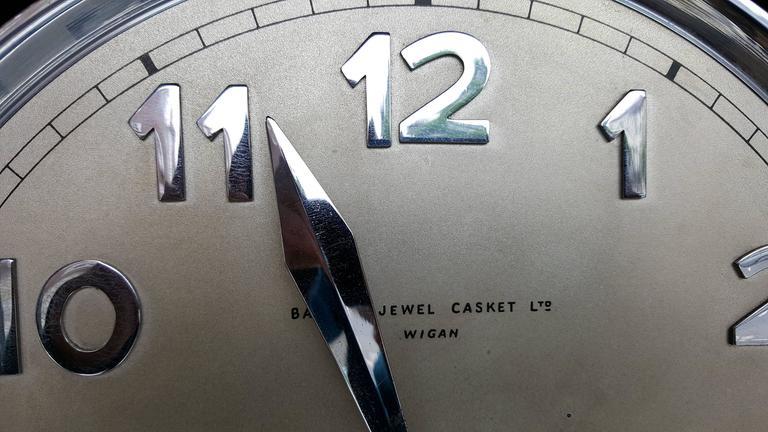 Good Quality Oak Art Deco Longcase Clock Made By Baker S