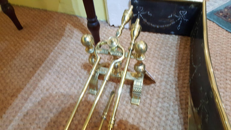 Edwardian Adam Style Brass Fireside Set In Excellent Condition For Sale In Altrincham, Cheshire