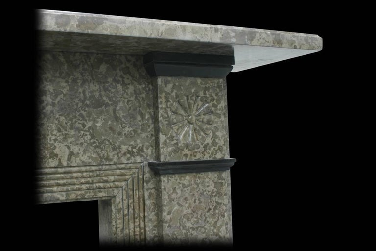 Antique Edwardian Derbyshire Limestone Fireplace Surround In Good Condition For Sale In Manchester, GB