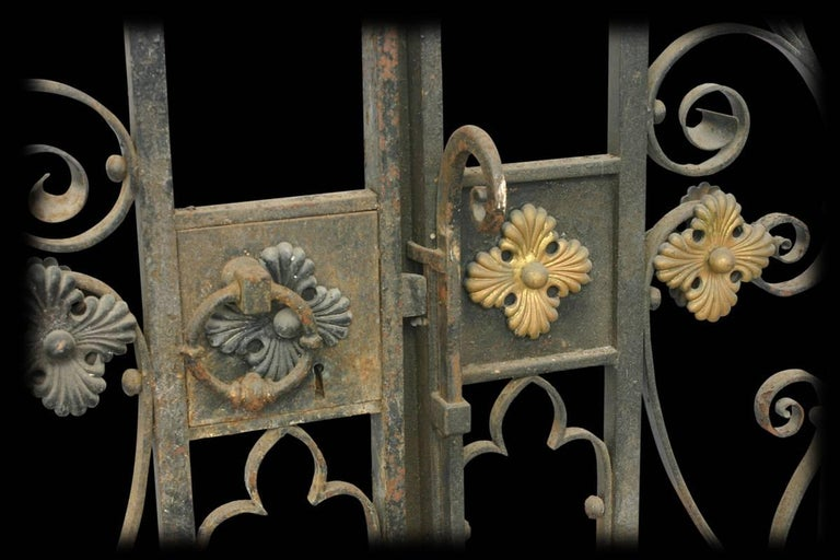 English Decorative Antique 19th Century Wrought Iron Gates For Sale