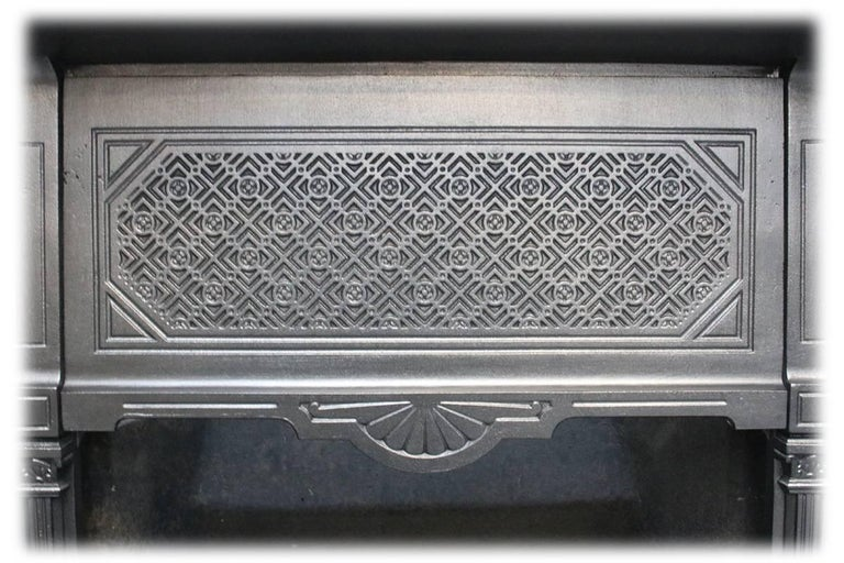 Reclaimed Late Victorian Cast Iron and Tiled Fireplace Grate For Sale 1