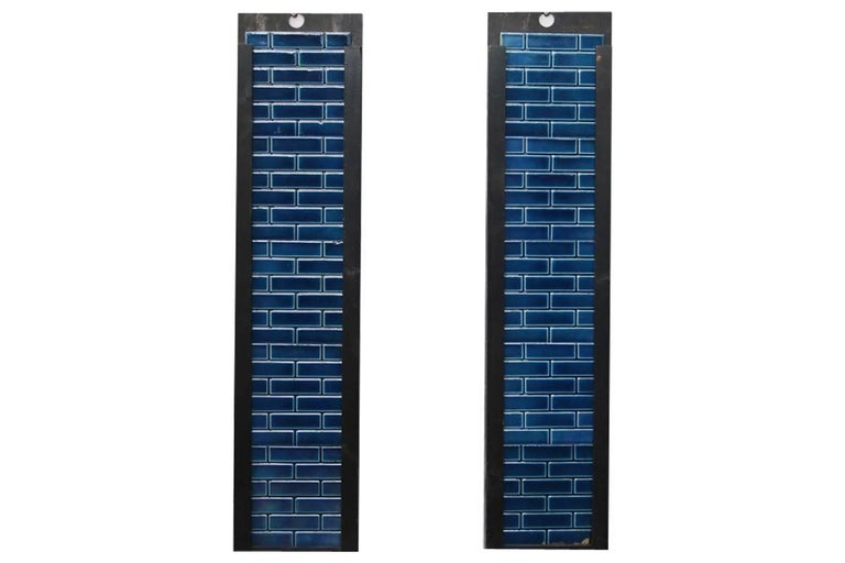 Reclaimed Late Victorian Cast Iron and Tiled Fireplace Grate For Sale 2