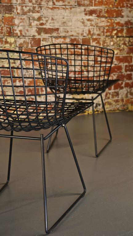 20th Century Set of 4 Harry Bertoia Wire Chair/Side Chair for Knoll, Black Metal For Sale