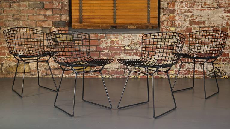 Steel Set of 4 Harry Bertoia Wire Chair/Side Chair for Knoll, Black Metal For Sale