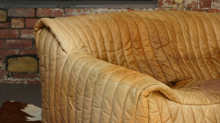 Ligne Roset Tan Leather Couch by Cinna / Two-Seat Togo Sofa, French, 1970s For Sale 3