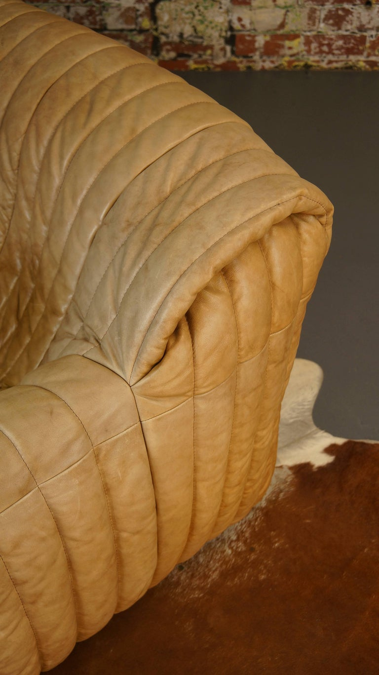 Ligne Roset Tan Leather Couch by Cinna / Two-Seat Togo Sofa, French, 1970s For Sale 2