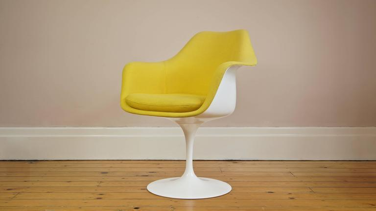 Authentic Knoll Tulip Armchair. Designer: Eero Saarinen   Knoll USA.  Designed Circa 1956