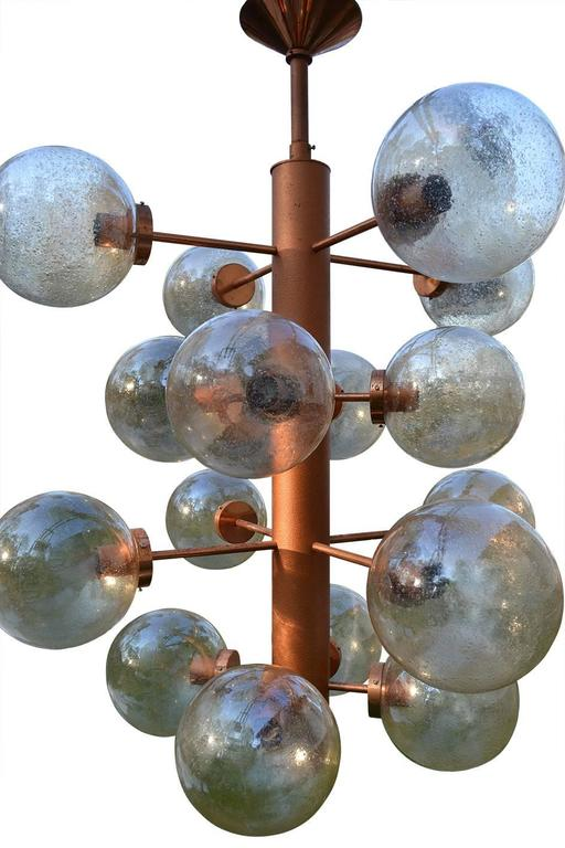 Giant Sputnik Chandeliers Pendants with 16 Glass Globes, Germany, 1960s In Excellent Condition For Sale In Berlin, DE
