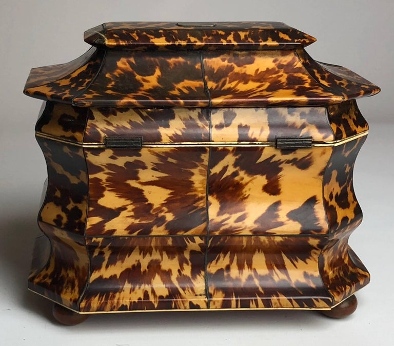 Regency Blonde Tortoiseshell Tea Caddy with Pagoda Top, circa 1820 3