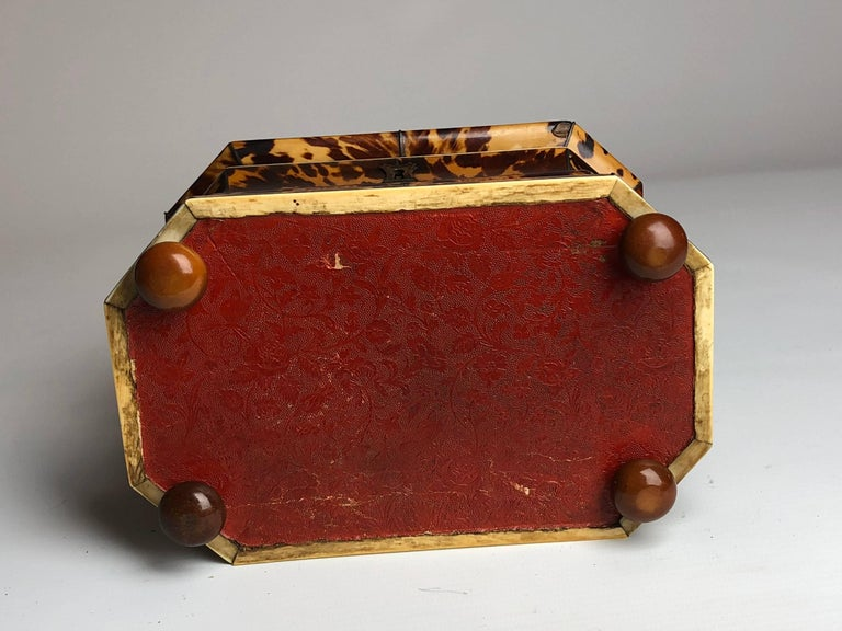 Regency Blonde Tortoiseshell Tea Caddy with Pagoda Top, circa 1820 7