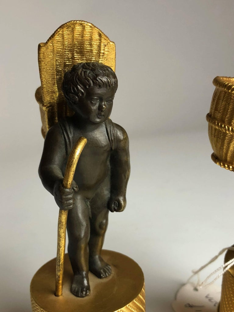 Bronze Early 19th Century Pair of Cherub Match Strikers, French, circa 1830 For Sale