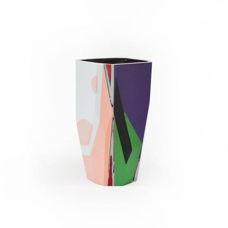 Unique Contemporary Cast Resin Vase in Amorgos In Excellent Condition For Sale In Los Angeles, CA