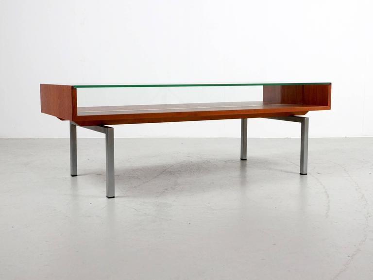 Mid-Century Modern Coffee Table in Teak and Glass For Sale