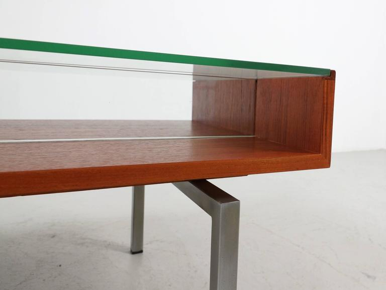 Coffee Table in Teak and Glass In Good Condition For Sale In 's Heer Arendskerke, NL