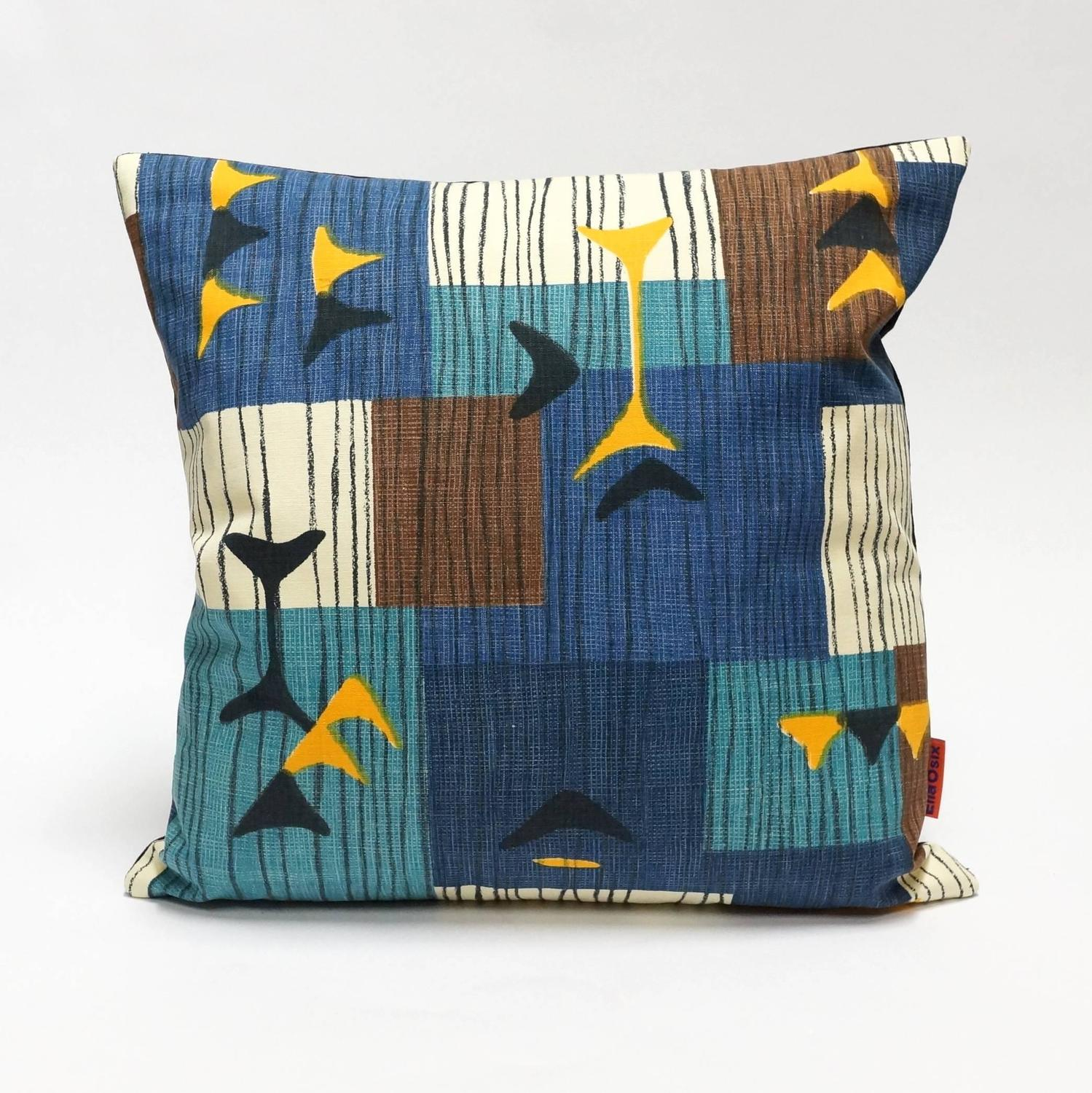 Mid Century Modern Accent Pillows : Blue Mid-Century Modern Accent Pillows by EllaOsix For Sale at 1stdibs