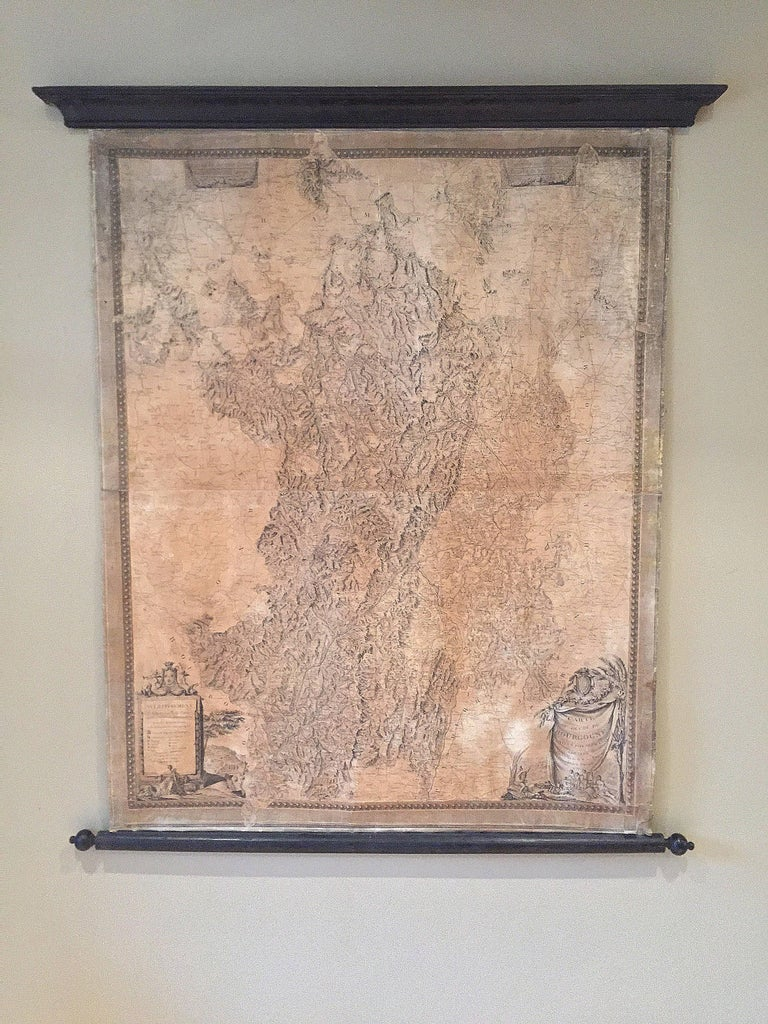 This large map of the French Bourgogne region was printed and mounted in the late 18th century. Since the governemental centralisation by the Sun King (Louis XIV) the succesing monarchs all tryed to reinforce their grip on France by installing a