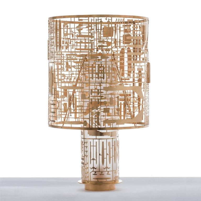 """Disarmante (""""Disarming"""") is the table lamp by Gio Tirotto for the collection"""
