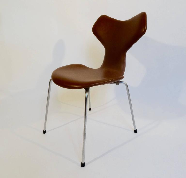 Grand prix chair by arne jacobsen fro fritz hansen 1964 for sale at 1stdibs - Chaise grand prix jacobsen ...