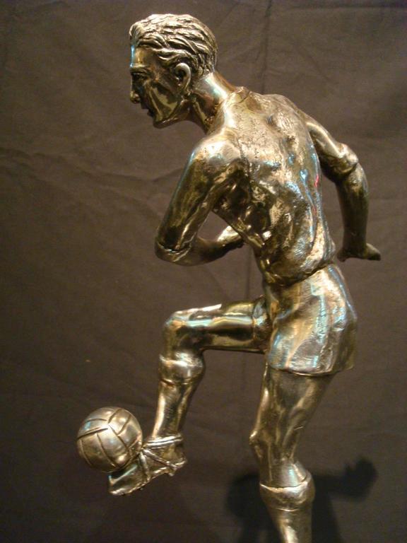 Football / Soccer Trophy Player Italian Bronze Sculpture, 1930s For Sale 4