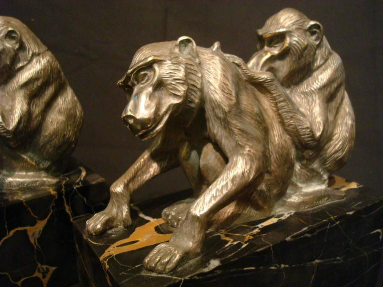 Art Deco Bronze Heavy Group of Monkey's Bookends, France, circa 1925 In Good Condition For Sale In Buenos Aires, Olivos