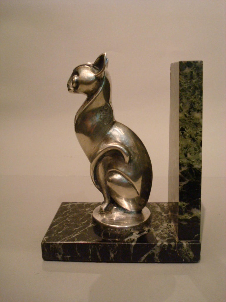 Art Deco Becquerel Cat Silvered Bronze Bookends, France, 1920 For Sale 2