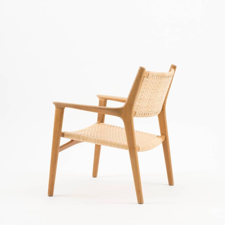 easy chair in oak by hans j wegner for johannes hansen for sale at