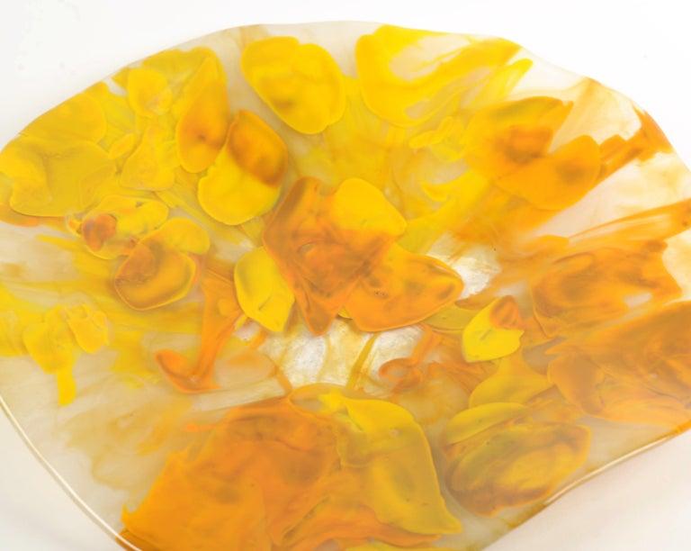 Liriaz Organic Glass Centerpiece in Medium Size For Sale 3