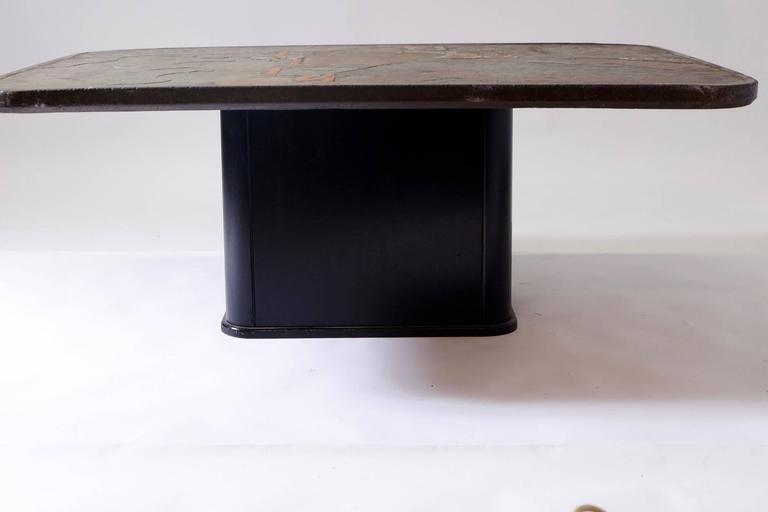 Coffee table designed and made by Marcus Kingma. Marcus was the brother of Paul Kingma who started making these tables in the 1960s. Marcus helped Paul making table at the end of his career and eventually started making tables on his own. The table