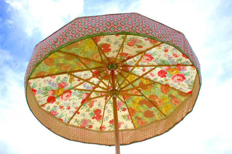 Garden Parasol In Floral Vintage Pink Roses And Sanderson