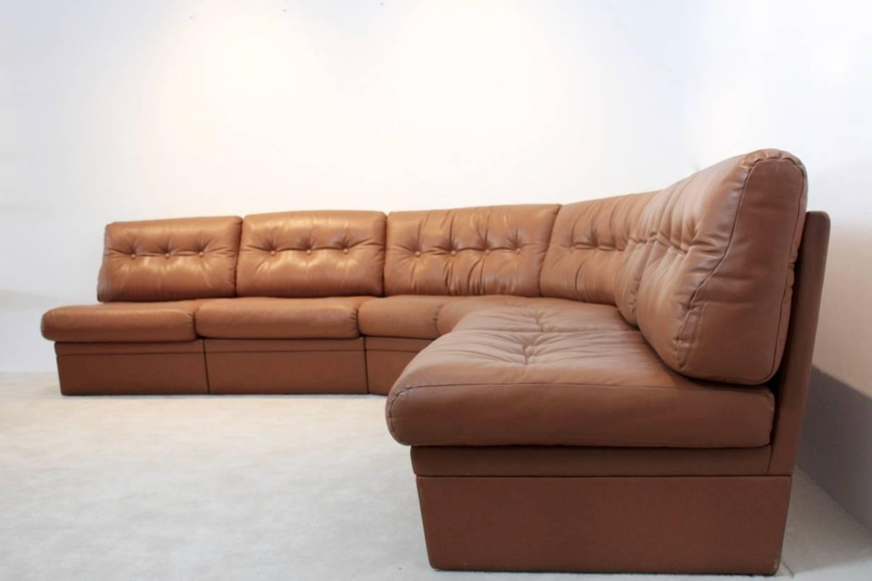 grand sectional lounge sofa in cognac leather for sale at 1stdibs. Black Bedroom Furniture Sets. Home Design Ideas
